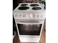 £75 ARGOS 50 CM WIDE 6 MONTHS OLD ELECTRIC COOKER