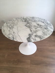 Table, Dining, Round, Italian Marble Flawless 42""
