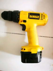 Perceuse 12V DeWalt DW907