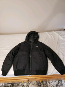Nike bomber jacket NEVER WORN LARGE