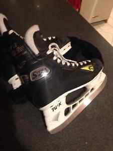New Graf 705 size 6.5skates with Tuck holders