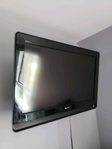 "TV Sony Bravia 38"" - excellent condition"