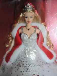 Special 2001 Edition Barbie - Holiday Celebration -