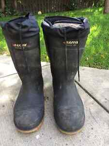 Safety boots size 14