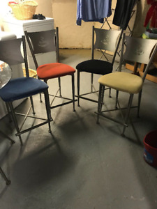 Beautiful Glass Bistro Table + 4 Chairs