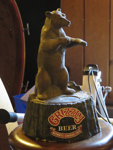 BEER BAR GRIZZLY DISPLAY IN EXCELLENT CONDITION asking $35 or be