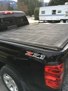 Chevy Tonneau cover for a 5 1/2 foot box