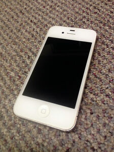 Unlocked iPhone 4S in great condition