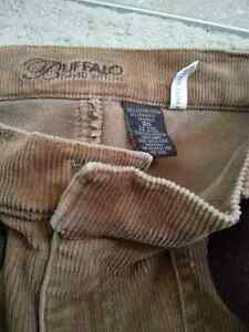 Excellent quality pants (various sizes/styles) Peterborough Peterborough Area image 7