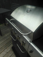 Master Chef BBQ with side burner / used one season only