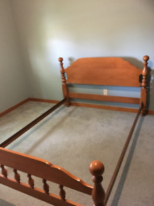 Roxton double bed