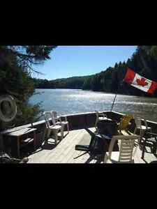 Tidal River Ridge Retreat (Deluxe Cottages) open year round