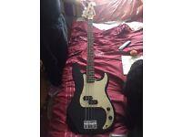Starsound bass guitar