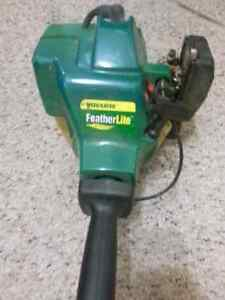 Featherlite Weed Eater gas powered 18 cc