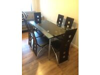 Extendible dining table with chairs x6