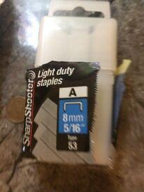1000 8mm Light Duty Stanley Staples
