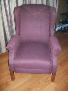 3 Position Wing Back Recliner Chair