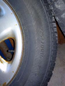 Winter tire on rims 225/70/R16 West Island Greater Montréal image 3