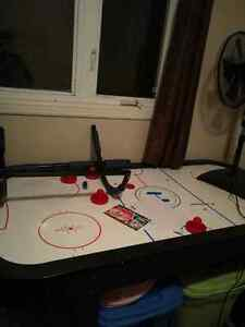 Hockey table 30$ mint condition