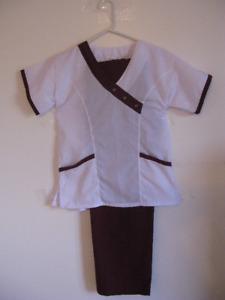 Uniforme pour infirmière, neuf