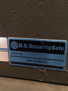 combination /key security safe
