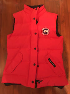 Women's Canada Goose Freestyle Vest Red XS