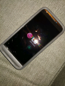 LG5 Smartphone W Otterbox, and charger