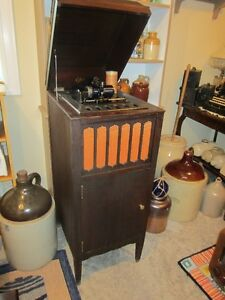 FOR SALE: ANTIQUE  EDISON CYLINDER PHONOGRAPH