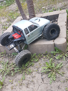 Axial scx 10 with metal wraith axles for sale