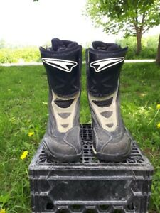 Men's size 11 Teknic motorcycle boots