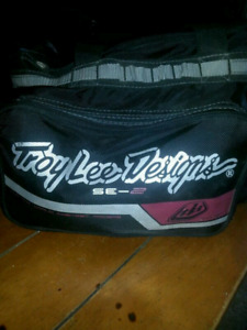 troy lee designs wicked cool helmet
