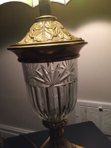 Stained glass Tiffany style table lamp London Ontario image 3