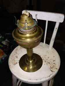 VINTAGE CPR BRASS TABLE LAMP TRAIN STATION - PARKER PICKERS -