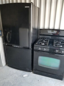 Samsung 22 cub ft Bottom Freezer Fridge (STOVE SOLD)