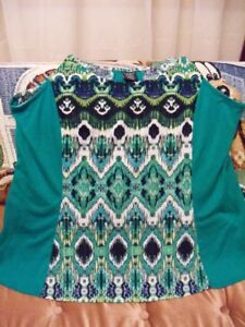 Women's Clothing for sale....Sizes 1x, 2x, 3x, 14-18, Exc Cond..