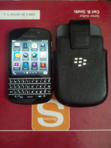 Unlocked Blackberry Q10 in great condition FOR sale