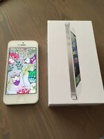 iPhone 5 16G White - excellent condition - lowered price!