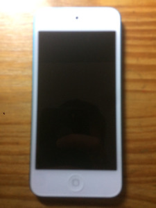 iPod 5 in Great Condition!