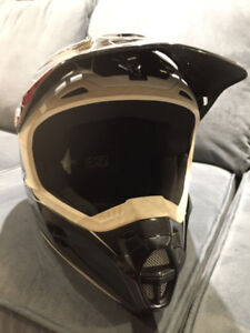 FOX HELMET - DOT / SNELL CERTIFIED