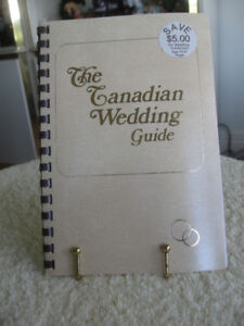 HELPFUL WEDDING GUIDE and PLANNER COILED BOOKLET