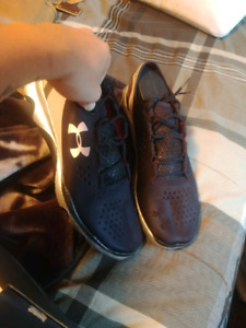 Mens under armour Apollo