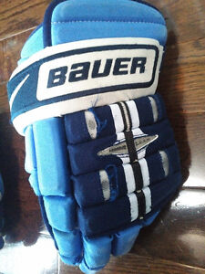 Nike/Bauer 4-Roll Gloves St. John's Newfoundland image 7