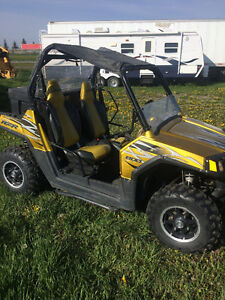 2010 Polaris Razor Side by Side in good condition.
