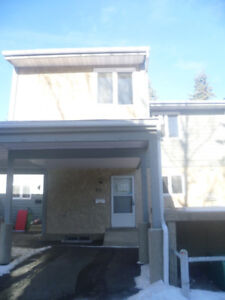 Townhouse for Rent at Mill Woods Area