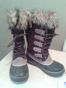 Women's Joan of Arctic Sorel Boots