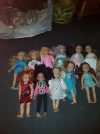 Hole job lot of DesignaFriend and our generation dolls