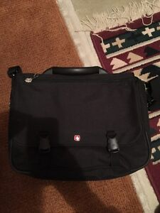 Almost new Laptop bag