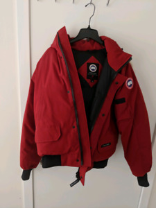Canada Goose Chilliwack bomber size L