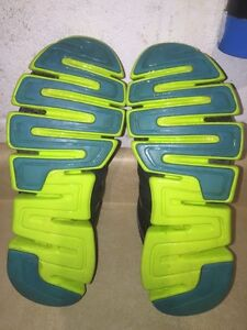 Women's Adidas ClimaCool Running Shoes Size 7 London Ontario image 6