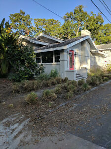 Charming 2 bdrm Bungalow in NE St Pete